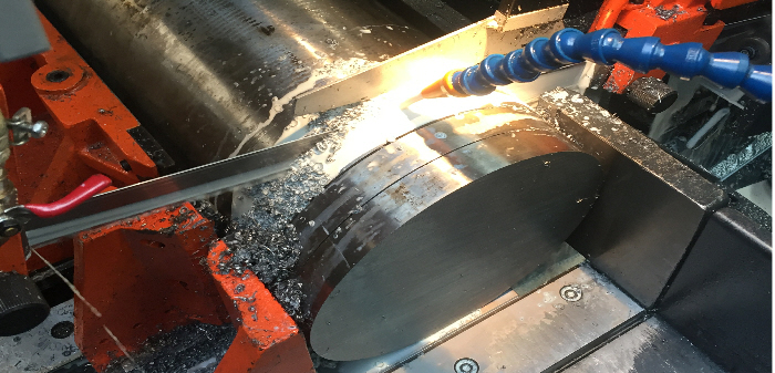 steel_saw_cutting